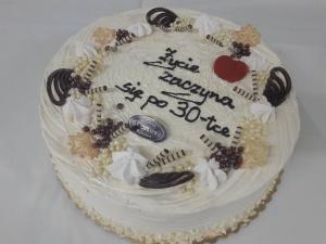 Tort Śmietankowy Życie zaczyna się po 30-tce
