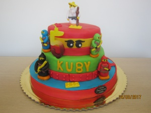 Tort w kształcie Ninjago
